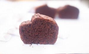 עוגת שוקולד פרווה ללא גלוטן אוורירית ורכה