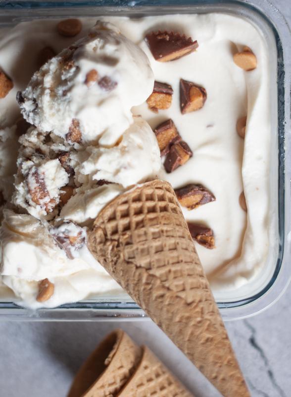 גלידה ביתית ללא גלוטן עם ריסז קאפס